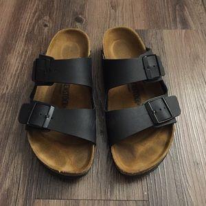 350266f03e9 Birkenstock Shoes - Birkenstock Black Arizona Sandal 39 8 - worn twice